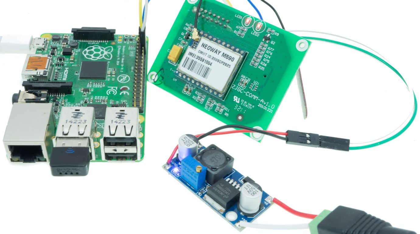 Raspberry Pi B+ with Neoway GSM M590 module